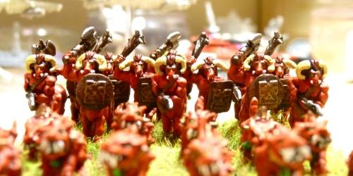 [Flogus] Une armée démoniaque de Khorne en gestation Warmaster_demons_demonaurs1500