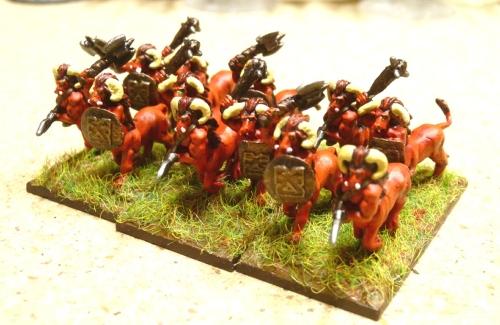 [Flogus] Une armée démoniaque de Khorne en gestation Warmaster_demons_demonaurs2500