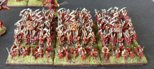 [Flogus] Une armée démoniaque de Khorne en gestation - Page 2 Warmaster_demons_infanterie_mini
