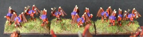 [Flogus] Une armée démoniaque de Khorne en gestation - Page 2 Warmaster_demons_volants_mini
